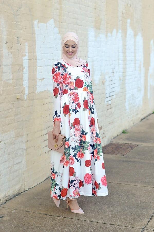 موضة ملابس العيد- الفستان وأحدث صيحات الموضة