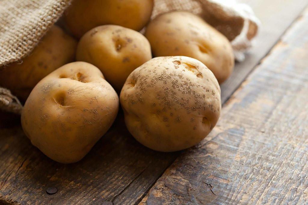 أطعمة لا تضعيها في الفريزر- البطاطس