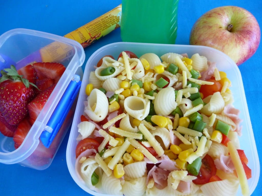 أشياء ضرورية في حقيبة الحضانة- المكرونة بالخضروات