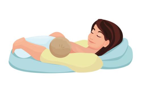 أوضاع الرضاعة الطبيعية - وضع شبه المتكأ
