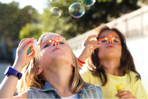 تربية الأطفال - تفهم طبيعة مرحلة الأطفال العمرية
