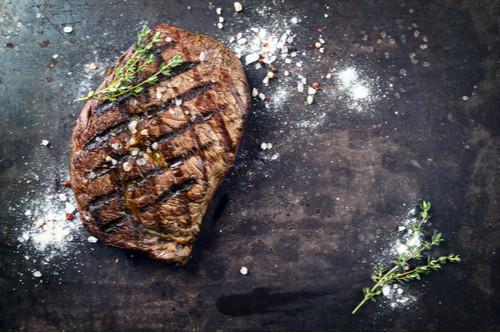 وصفات للحم الجاموسي - ستيك مشوي بالروزماري
