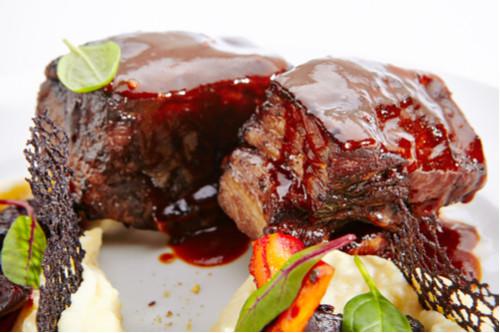 وصفات للحم الجاموسي - ستيك لحم الجاموس بصوص البلسميك