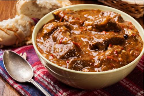 اللحم الجملي - طاجن اللحم الجملي بالبصل