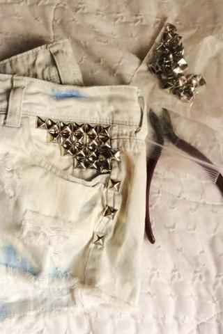 بالصور: أفكار ونصائح لارتداء الملابس المرصعة 20131508125603.jpg