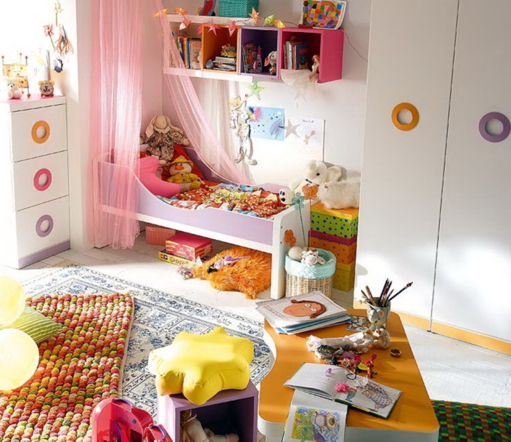 |•|.♥.|•| ديكور مبتكر بالألوان لغرف الصغار |•|.♥.|•| 20132008084730.jpg