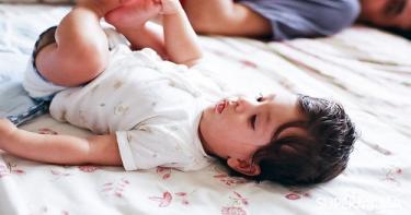 أنواع براز الرضع