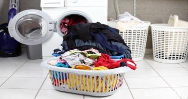 ترتيب الملابس قبل غسلها