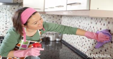 تنظيف دواليب المطبخ