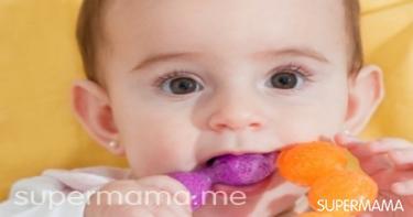 وصفات لتخفيف ألم التسنين عند الرضع