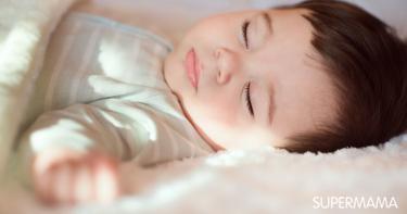 تنظيم نوم ورضاعة الرضيع