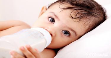 متى يمكن فطام الطفل من زجاجة الرضاعة؟
