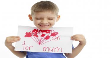 قصة عيد الأم