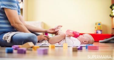 كيفية أخذ عينة براز من الرضيع وكيفية أخذ عينة بول من الرضيع