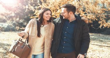 40 سؤالًا لفتح حديث جديد مع زوجك