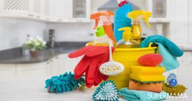 تنظيف أدوات النظافة للمنزل