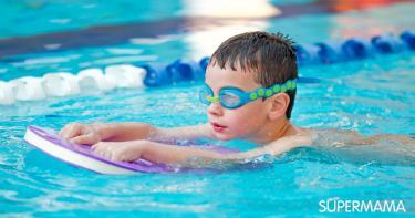 5 مشكلات صحية تحدث لطفلك عند نزول البحر وحمام السباحة