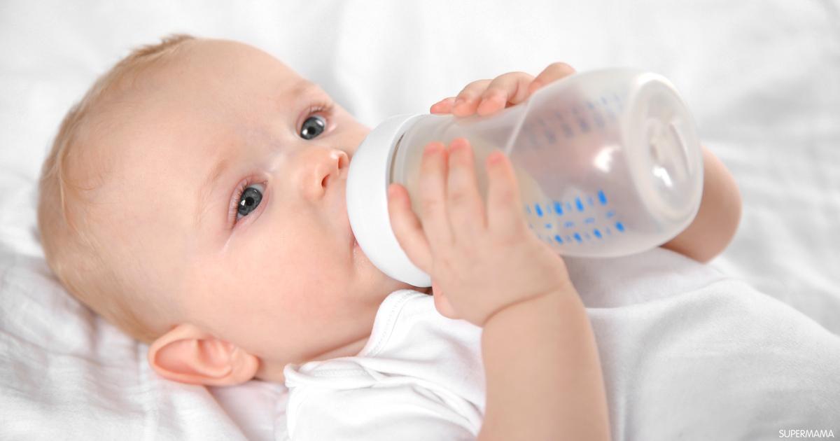 هل يمكن إعطاء الرضيع الماء مع الحليب الصناعي سوبر ماما