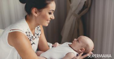 متى يثبت رأس الطفل الرضيع