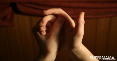 مخاطر فرقعة الأصابع