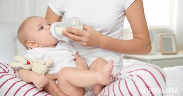 ماهو الحليب المناسب للطفل الرضيع
