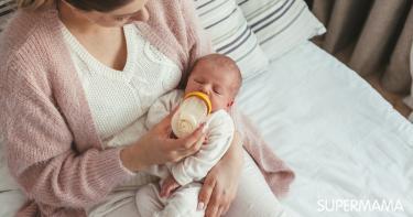 كم عدد رضعات الطفل في الشهر الأول