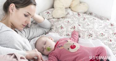 أخطاء عند تنويم الرضيع