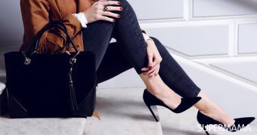 كيفية تنسيق ألوان الملابس مع الأحذية
