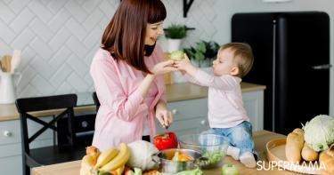أكلات تساعد الطفل على النطق