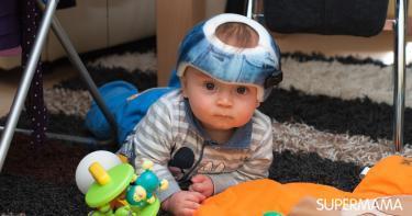 هل استخدام خوذة تعديل رأس الطفل صحيح