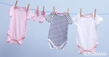 المسموح والممنوع في ملابس الرضع