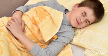 أسباب ألم البطن عند الأطفال ليلًا