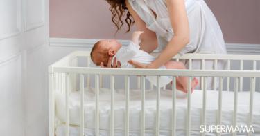 أفضل وضعية لنوم الرضيع المصاب بالزكام