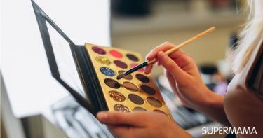 كيفية اختيار الآيشادو الجليتر حسب لون العين