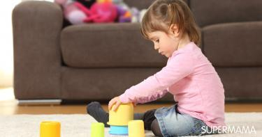 ما أعراض التوحد عند الأطفال في عمر ثلاث سنوات؟