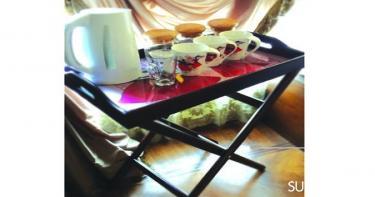 ١- طاولة و صنية تقديم في وقت واحد