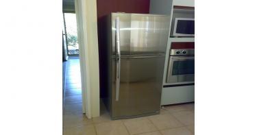 الثلاجة والفريزر