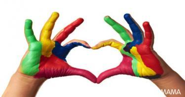 10 أنشطة يدوية مليئة بالحب مع أطفالك10