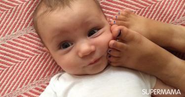 بالصور غيرة الطفل من المولود الجديد