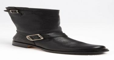 أحذية مهمة في خزانتكِ 11