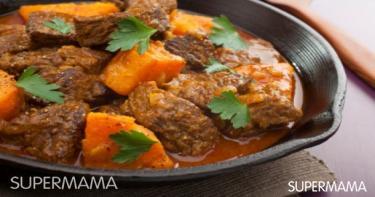 الطاجين المغربي باللحم المفروم مع الليمون والزيتون