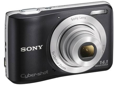 كاميرا فورية أو كاميرا ديجيتال عادية