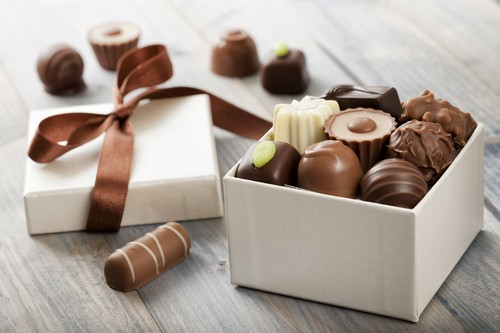 علبة شوكولاتة فاخرة